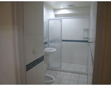衛浴間含設備全套整修
